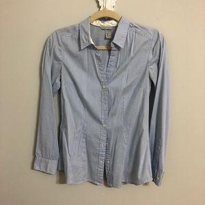 H&M blue and white button down shirt